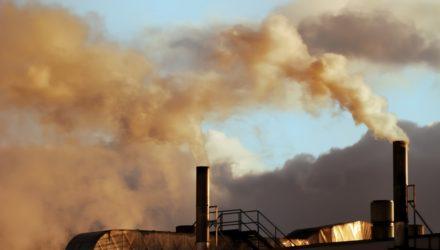 Polski Alarm Smogowy ocenia antysmogowe działania rządu – pomimo postępów smog wciąż wygrywa